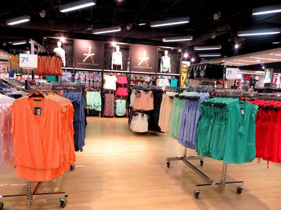 Les vêtements pour femme les plus chics à portée de clic. Rendez-vous chez Missguided et découvrez votre mode en ligne à prix modiques.